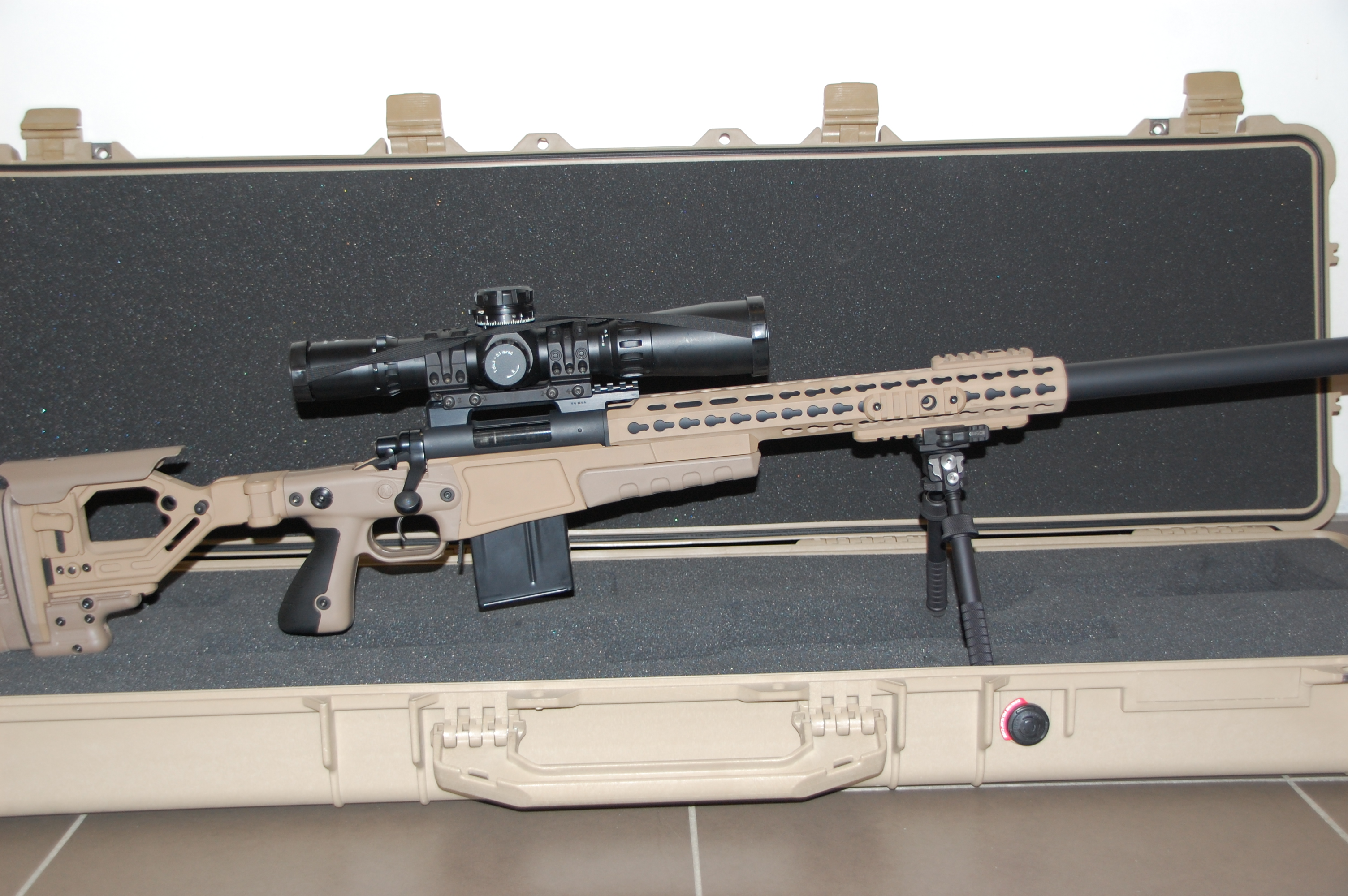 Remington 700 AICS kolf in 6BR